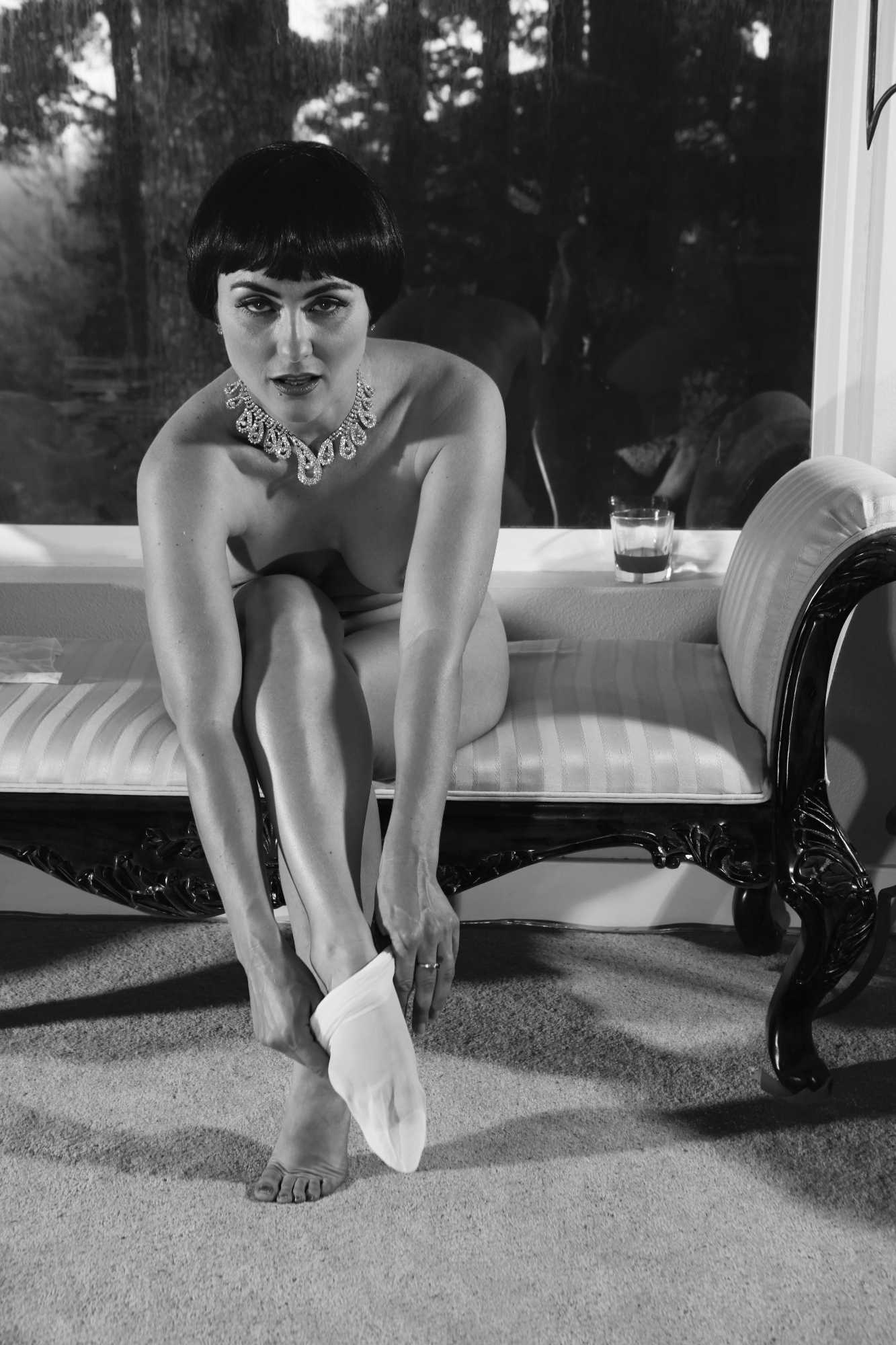 Phryne Takes Her Ease